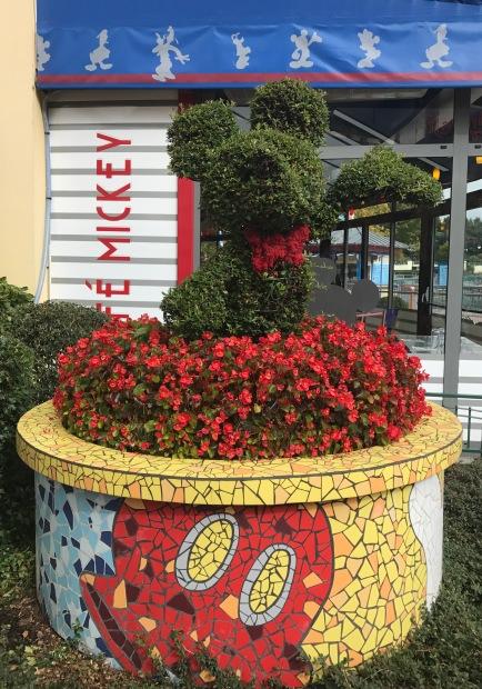 topiary mickey