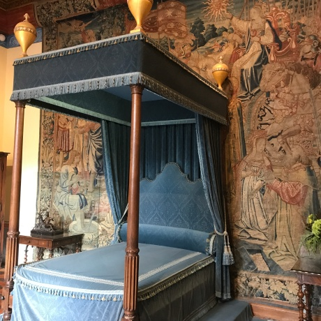 castle 2 bed