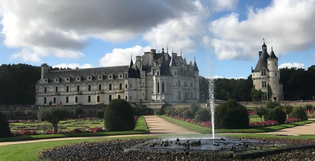castle 2 fountain