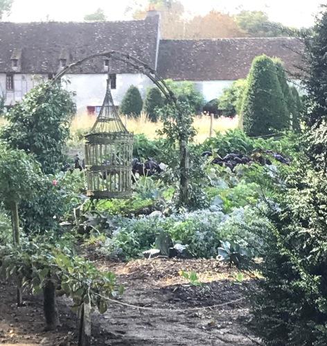 castle 2 garden