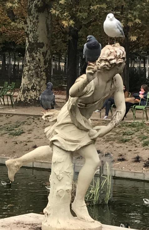 t statue